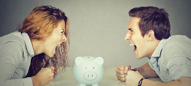 女性が浮気した場合、男性は女性に対し慰謝料は取れるの?
